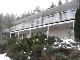 Photo 1: 2658 Vickers Trail in Anglemont: House for sale : MLS®# 10039744