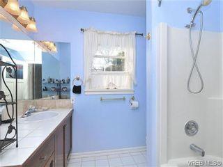 Photo 14: B 1601 Haultain St in VICTORIA: Vi Oaklands Half Duplex for sale (Victoria)  : MLS®# 690016