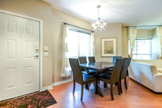 """Photo 3: 7398 HAWTHORNE Terrace in Burnaby: Highgate Townhouse for sale in """"MONTEREY"""" (Burnaby South)  : MLS®# R2071197"""
