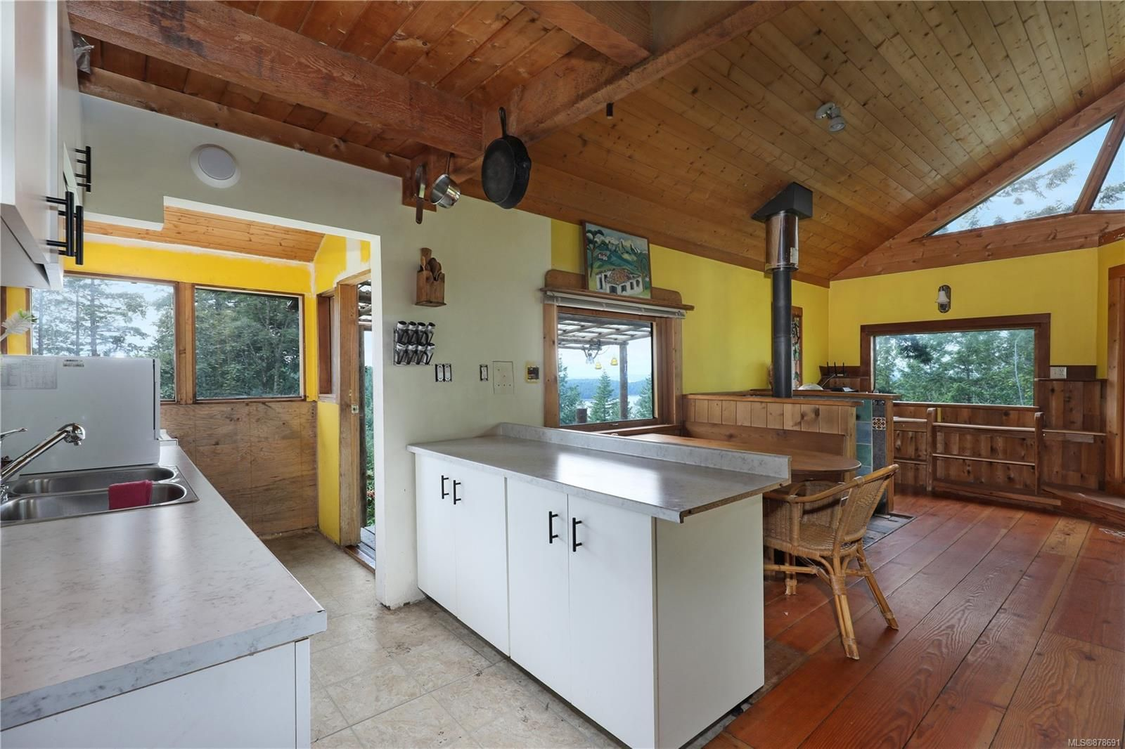 Photo 44: Photos: 979 Thunder Rd in : Isl Cortes Island House for sale (Islands)  : MLS®# 878691