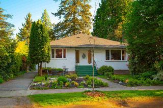 Main Photo: 4030 W 33RD Avenue in Vancouver: Dunbar House for sale (Vancouver West)  : MLS®# R2576972