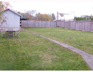 Photo 8: 1617 EDINBURGH Street in New_Westminster: West End NW House for sale (New Westminster)  : MLS®# V677934