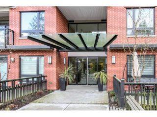 """Photo 2: 414 14358 60TH Avenue in Surrey: Sullivan Station Condo for sale in """"LATITUDE"""" : MLS®# F1433037"""