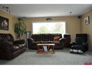 "Photo 4: 4985 BERGMAN Road in YARROW, CHILLIWACK: Yarrow House for sale in ""YARROW"" (Chilliwack)  : MLS®# H1002702"
