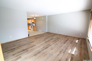 Photo 3: 2720 Victoria Avenue in Regina: Cathedral RG Residential for sale : MLS®# SK856718
