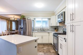 """Photo 8: 1906 PARKLAND Drive in Coquitlam: River Springs House for sale in """"RIVER SPRINGS"""" : MLS®# R2140004"""