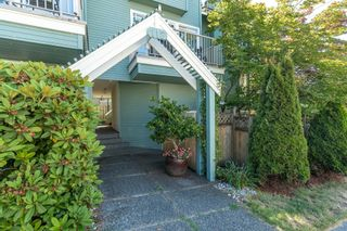 Photo 3: 3 112 ST. ANDREWS Avenue in North Vancouver: Lower Lonsdale Townhouse for sale : MLS®# R2609841