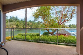 Photo 10: 4 1083 Tillicum Rd in : Es Kinsmen Park Condo for sale (Esquimalt)  : MLS®# 851611