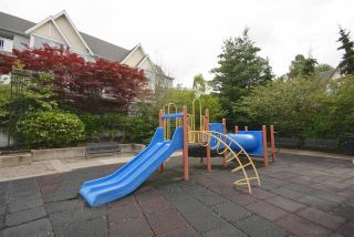 """Photo 17: 7430 MAGNOLIA Terrace in Burnaby: Highgate Townhouse for sale in """"CAMARILLO"""" (Burnaby South)  : MLS®# R2080942"""