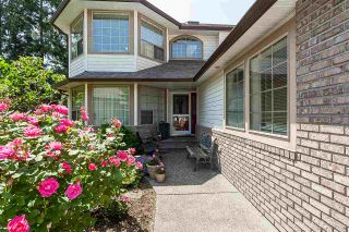 """Photo 4: 21630 45 Avenue in Langley: Murrayville House for sale in """"Murrayville"""" : MLS®# R2547090"""