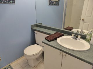 Photo 15: 218 E 10TH STREET in North Vancouver: Central Lonsdale Townhouse for sale : MLS®# R2045615
