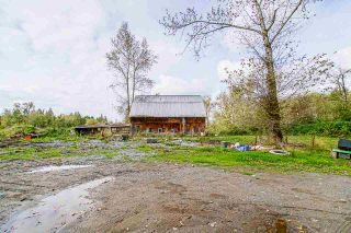 Photo 8: 26088 56 Avenue in Langley: Salmon River House for sale : MLS®# R2492918