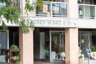 """Photo 26: 403 1529 W 6TH Avenue in Vancouver: False Creek Condo for sale in """"WSIX"""" (Vancouver West)  : MLS®# R2620601"""