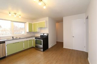 Photo 11: 1112 NINGA Road NW in Calgary: North Haven Semi Detached for sale : MLS®# C4222139