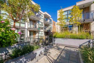 """Photo 1: 307 1160 OXFORD Street: White Rock Condo for sale in """"NEWPORT AT WESTBEACH"""" (South Surrey White Rock)  : MLS®# R2548964"""