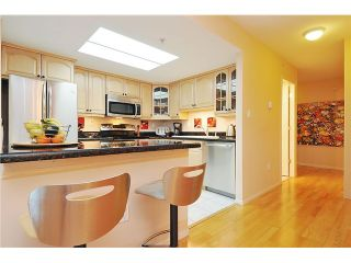 """Photo 7: 301 1088 QUEBEC Street in Vancouver: Mount Pleasant VE Condo for sale in """"VICEROY"""" (Vancouver East)  : MLS®# V974256"""