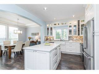 """Photo 10: 16648 62A Avenue in Surrey: Cloverdale BC House for sale in """"West Cloverdale"""" (Cloverdale)  : MLS®# R2477530"""