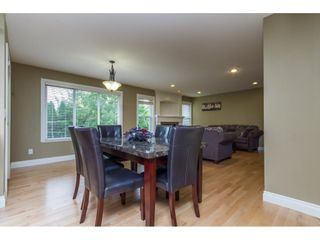 Photo 6: 32792 HOOD AVENUE in Mission: Mission BC House for sale : MLS®# R2119405