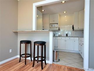 Photo 13: 2 2654 Lancelot Pl in SAANICHTON: CS Turgoose Row/Townhouse for sale (Central Saanich)  : MLS®# 615581
