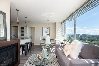 """Photo 8: 1502 688 ABBOTT Street in Vancouver: Downtown VW Condo for sale in """"Firenza Tower II"""" (Vancouver West)  : MLS®# R2603600"""