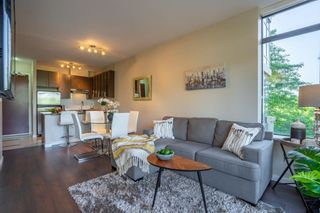 """Photo 1: 305 2345 MADISON Avenue in Burnaby: Brentwood Park Condo for sale in """"OMA"""" (Burnaby North)  : MLS®# R2387123"""
