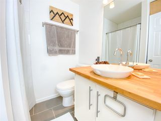 """Photo 10: 1 41449 GOVERNMENT Road in Squamish: Brackendale Townhouse for sale in """"Emerald Estates"""" : MLS®# R2431358"""