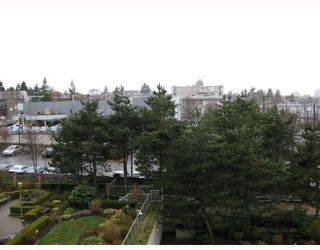 """Photo 9: 411 2201 PINE Street in Vancouver: Fairview VW Condo for sale in """"MERIDIAN COVE"""" (Vancouver West)  : MLS®# V757177"""