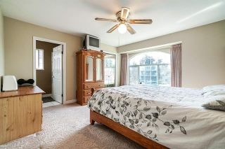 Photo 12: 9176 138 Street in Surrey: Bear Creek Green Timbers House for sale : MLS®# R2402252
