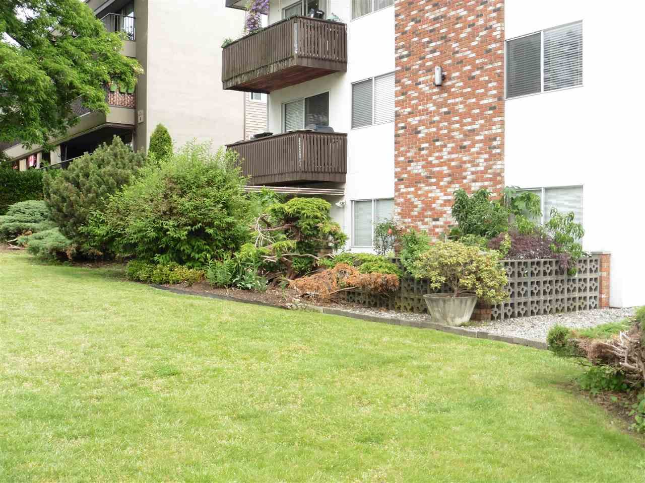 """Photo 16: Photos: 110 910 FIFTH Avenue in New Westminster: Uptown NW Condo for sale in """"GROSVENOR COURT"""" : MLS®# R2394482"""
