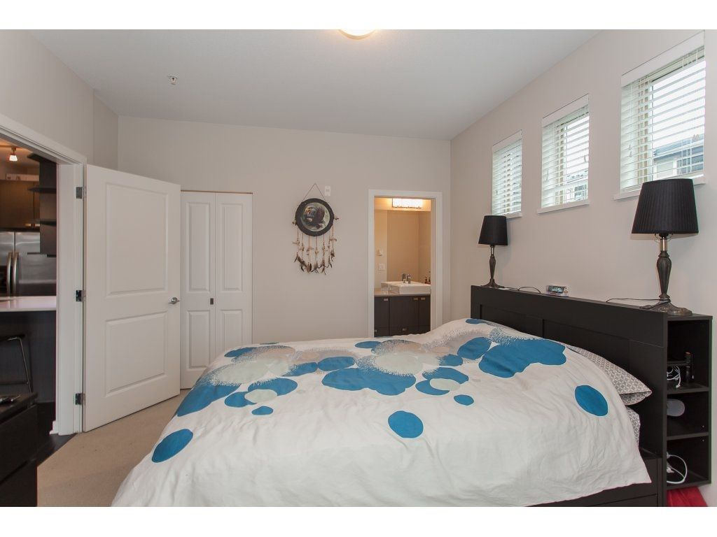 """Photo 15: Photos: 210 5655 210A Street in Langley: Salmon River Condo for sale in """"CORNERSTONE NORTH"""" : MLS®# R2152844"""