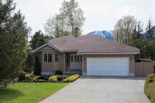 """Photo 20: 41383 DRYDEN Road in Squamish: Brackendale House for sale in """"Eagle Run"""" : MLS®# R2163949"""