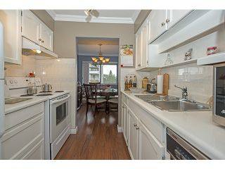 """Photo 5: 309 545 SYDNEY Avenue in Coquitlam: Coquitlam West Condo for sale in """"The Gables"""" : MLS®# V1056291"""