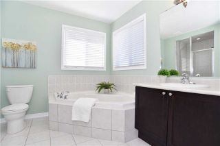 Photo 11: 206 Bons Avenue in Clarington: Bowmanville House (2-Storey) for sale : MLS®# E3789249