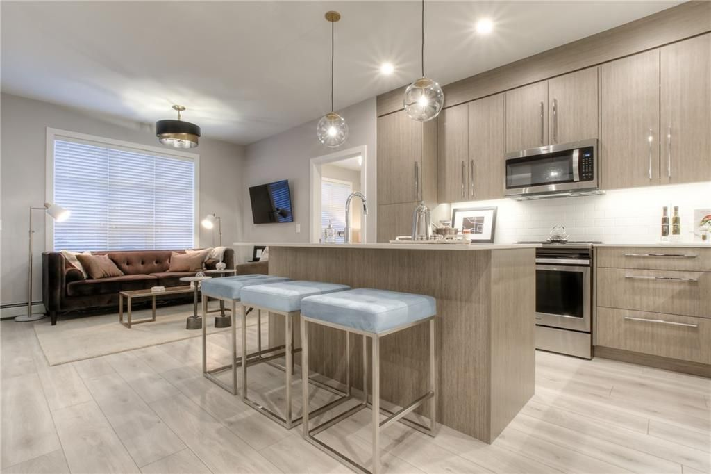 Main Photo: 417 383 Smith Street NW in Calgary: University District Apartment for sale : MLS®# A1145534