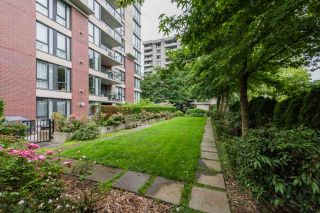 """Photo 3: 1402 720 HAMILTON Street in New Westminster: Uptown NW Condo for sale in """"GENERATION"""" : MLS®# R2470113"""