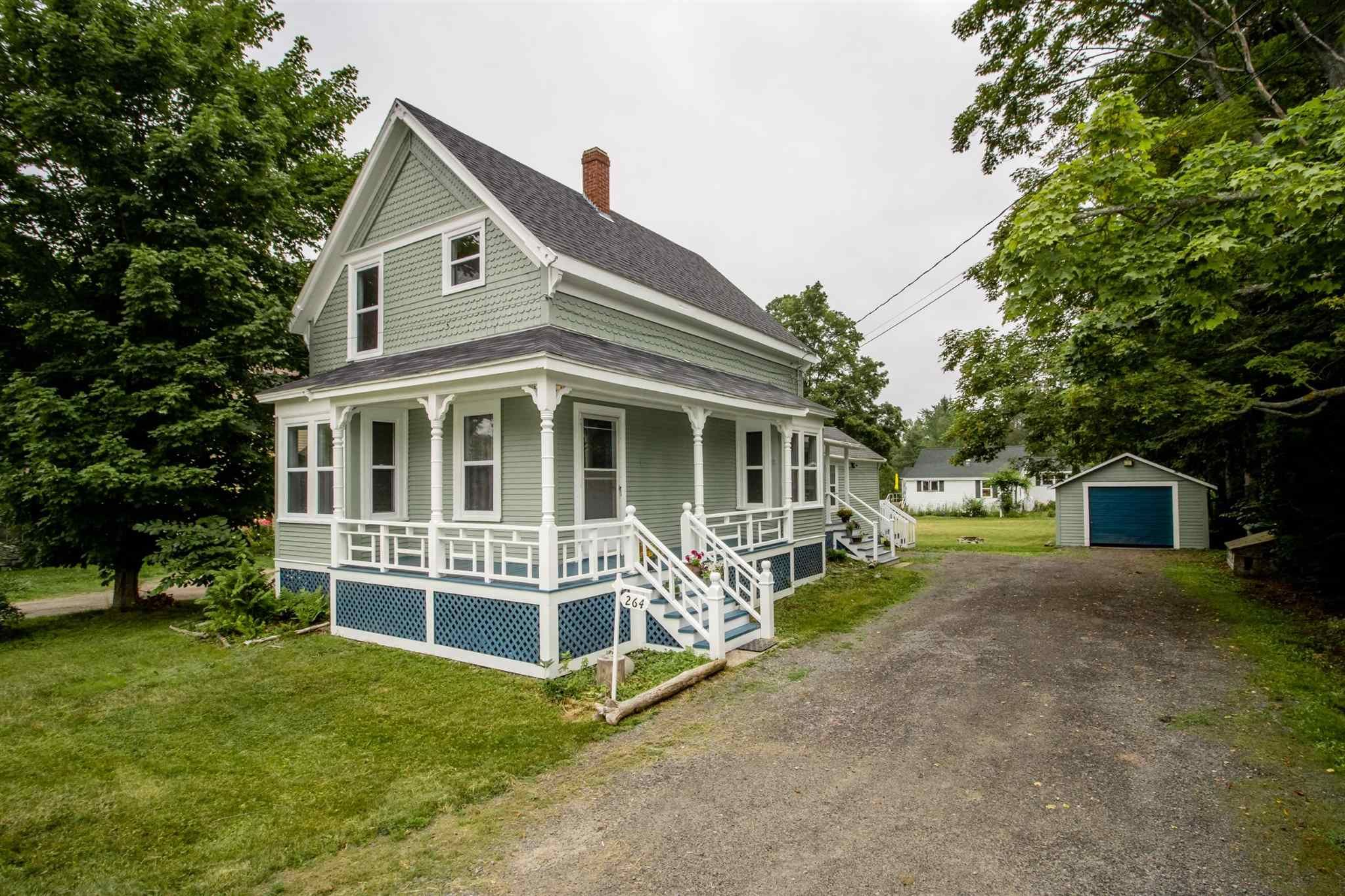 Main Photo: 264 Commercial Street in Berwick: 404-Kings County Residential for sale (Annapolis Valley)  : MLS®# 202119037