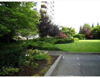 """Photo 9: 305 5652 PATTERSON Avenue in Burnaby: Central Park BS Condo for sale in """"CENTRAL PARK PLACE"""" (Burnaby South)  : MLS®# V657205"""