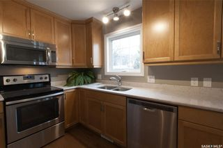 Photo 13: 1147 L Avenue South in Saskatoon: Holiday Park Residential for sale : MLS®# SK710824