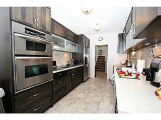 "Photo 3: 217 MORNINGSIDE Drive in Tsawwassen: Pebble Hill House for sale in ""PEBBLE HILL"" : MLS®# V986143"