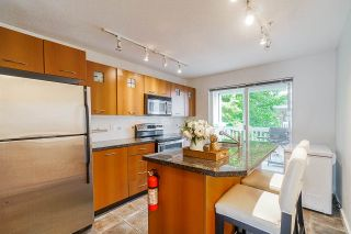 """Photo 7: 166 20033 70 Avenue in Langley: Willoughby Heights Townhouse for sale in """"Denim"""" : MLS®# R2406735"""