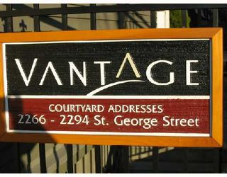 """Photo 1: 2268 ST GEORGE Street in Vancouver: Mount Pleasant VE Townhouse for sale in """"THE VANTAGE"""" (Vancouver East)  : MLS®# V691116"""