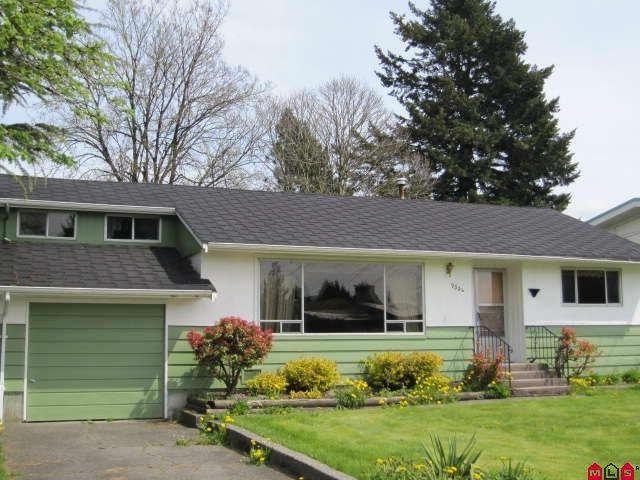 Main Photo:  in Chilliwack: House