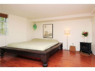"""Photo 7: 2325 ASH Street in Vancouver: Fairview VW Townhouse for sale in """"OMEGA CITIHOMES"""" (Vancouver West)  : MLS®# V846848"""