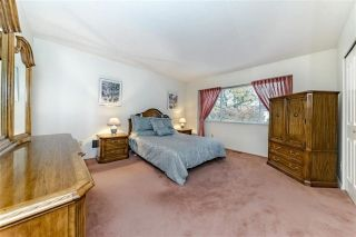 """Photo 14: 1858 WALNUT Crescent in Coquitlam: Central Coquitlam House for sale in """"LAURENTIAN HEIGHTS"""" : MLS®# R2334378"""