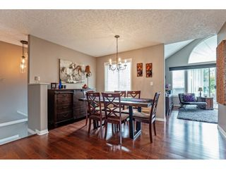"""Photo 5: 147 4001 OLD CLAYBURN Road in Abbotsford: Abbotsford East Townhouse for sale in """"CEDAR SPRINGS"""" : MLS®# R2555932"""