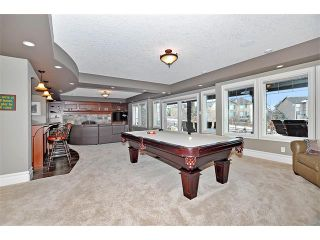 Photo 29: 18 DISCOVERY VISTA Point(e) SW in Calgary: Discovery Ridge House for sale : MLS®# C4018901