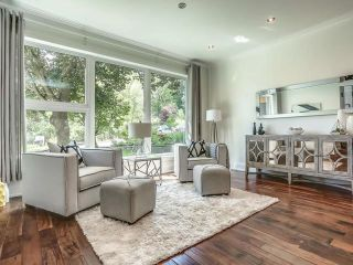 Photo 2: 98 Edenbridge Drive in Toronto: Edenbridge-Humber Valley House (2-Storey) for sale (Toronto W08)  : MLS®# W3877714