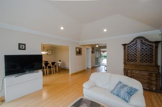 """Photo 6: 7960 GOLDSTREAM Place in Richmond: Broadmoor House for sale in """"MAPLE LANE"""" : MLS®# R2054076"""