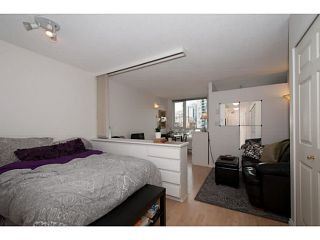 """Photo 3: 410 1188 RICHARDS Street in Vancouver: Yaletown Condo for sale in """"Park Plaza"""" (Vancouver West)  : MLS®# V1055368"""