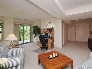 Photo 14: 18 4300 Stoneywood Lane in VICTORIA: SE Broadmead Row/Townhouse for sale (Saanich East)  : MLS®# 610675